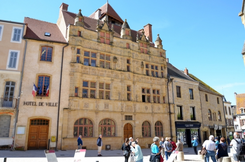 4) Paray le Monial Palazzo Jaillet (22) (FILEminimizer)