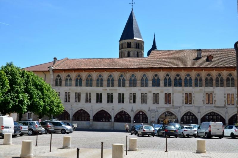 7) Abbazia di Cluny (2) (FILEminimizer)